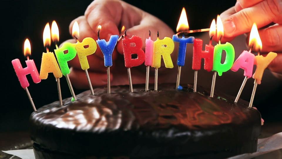 5 Món đồ lí tưởng để tổ chức tiệc sinh nhật thêm ấn tượng với bạn bè, người thân