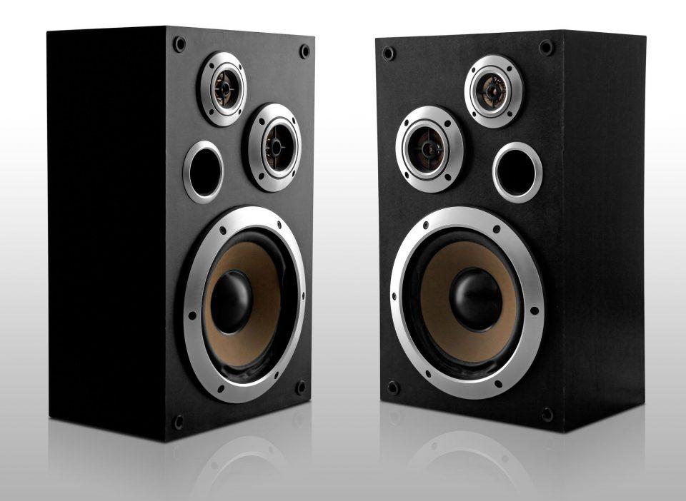 Tham khảo thuê các thiết bị âm thanh phù hợp, giá tốt phục vụ tổ chức liveshow thành công nhất
