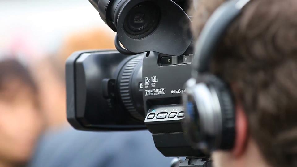 Người quay phim, chụp ảnh - Nhân vật lưu giữ những khoảnh khắc đẹp cho buổi sự kiện