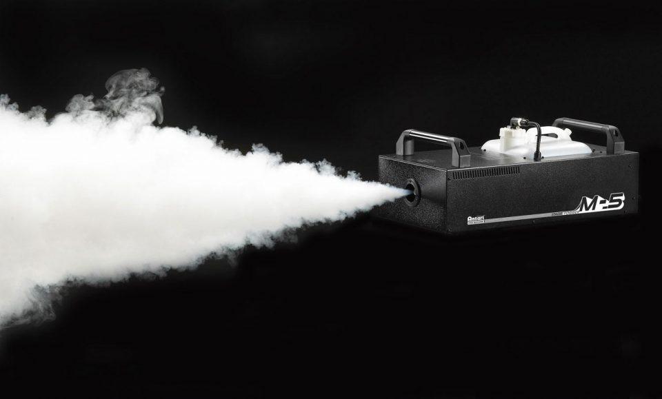 Thuê máy phun khói sự kiện hiện đại, giá tốt nhất thị trường