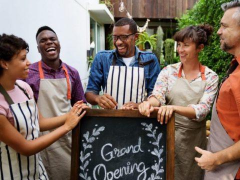 Tổ chức khai trương cửa hàng cần lưu ý những yếu tố sau