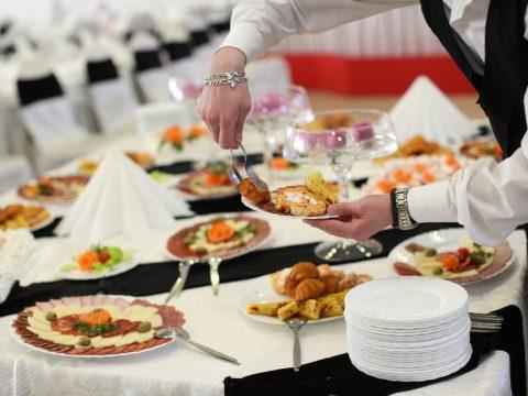 Lên thực đơn tiệc tất niên phù hợp cho doanh nghiệp