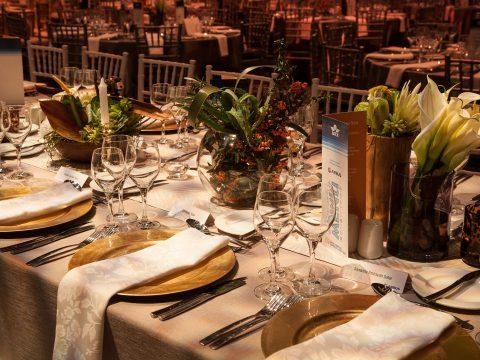 Top 4 ý tưởng trang trí Gala Dinner đẹp mắt cho công ty
