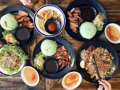 Noel ăn gì ở đâu ngon và rẻ? Top 5 địa điểm ăn uống hấp dẫn nhất TP.HCM