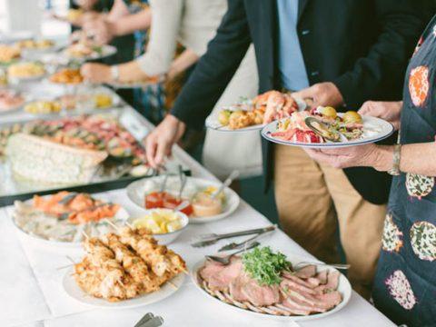 Kinh nghiệm tổ chức tiệc buffet tất niên cuối năm