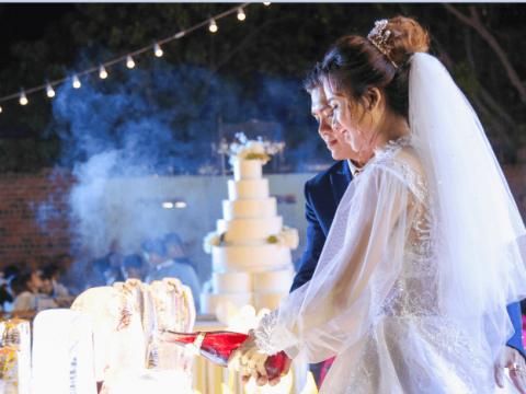 Chúc mừng tiệc cưới của cô dâu Tường Vy và chú rể Hữu Cường – Trăm năm hạnh phúc