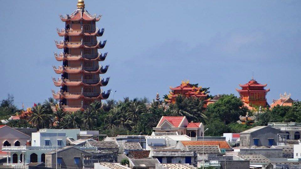 chùa linh quang du lịch phú quý