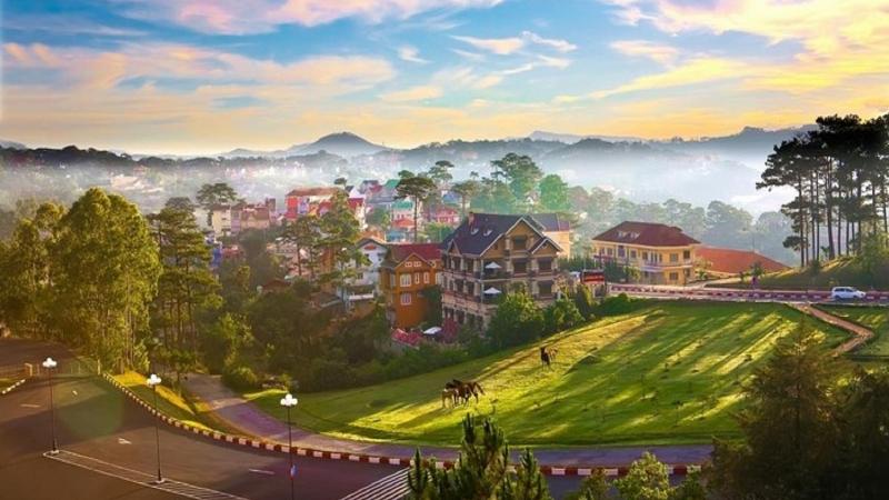 Giải ngố cùng đồng bọn với Summer Trip du lịch công ty tại Đà Lạt vui nhộn