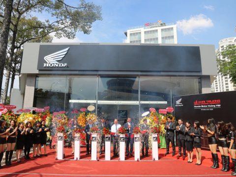 Lễ Khai Trương Showroom Honda Motor Hoàng Việt – Tiếp nối thành công trong thị trường xe phân khối lớn